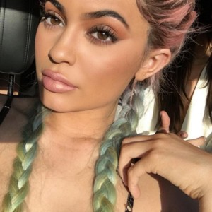 Kylie Jenner rainbow hair