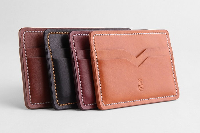 Card-Wallets-Standing-RT3