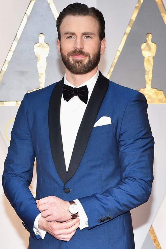 Oscars-red-carpet-Chris-Evans-001