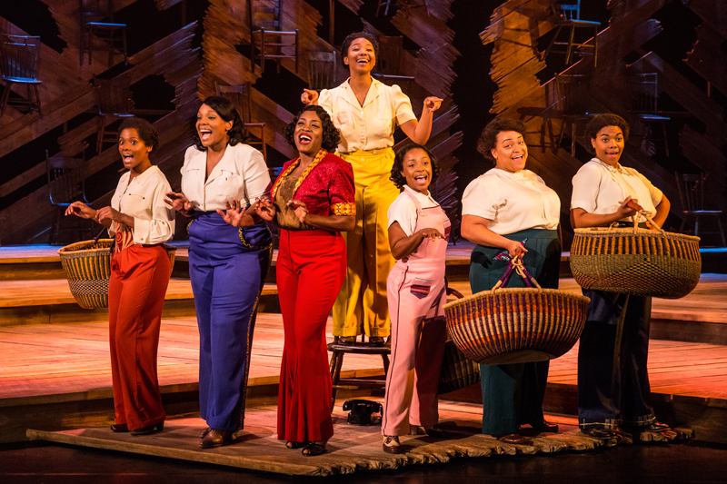 Adrianna-Hicks-Celie-and-the-North-American-tour-cast-of-THE-COLOR-PURPLE.-Photo-by-Matthew-Murphy-2017.