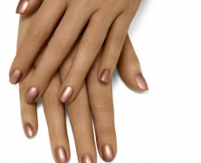 Fresh Coats: Get Our Top 5 Fall Nail Looks Now!